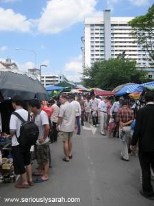 The market crowd