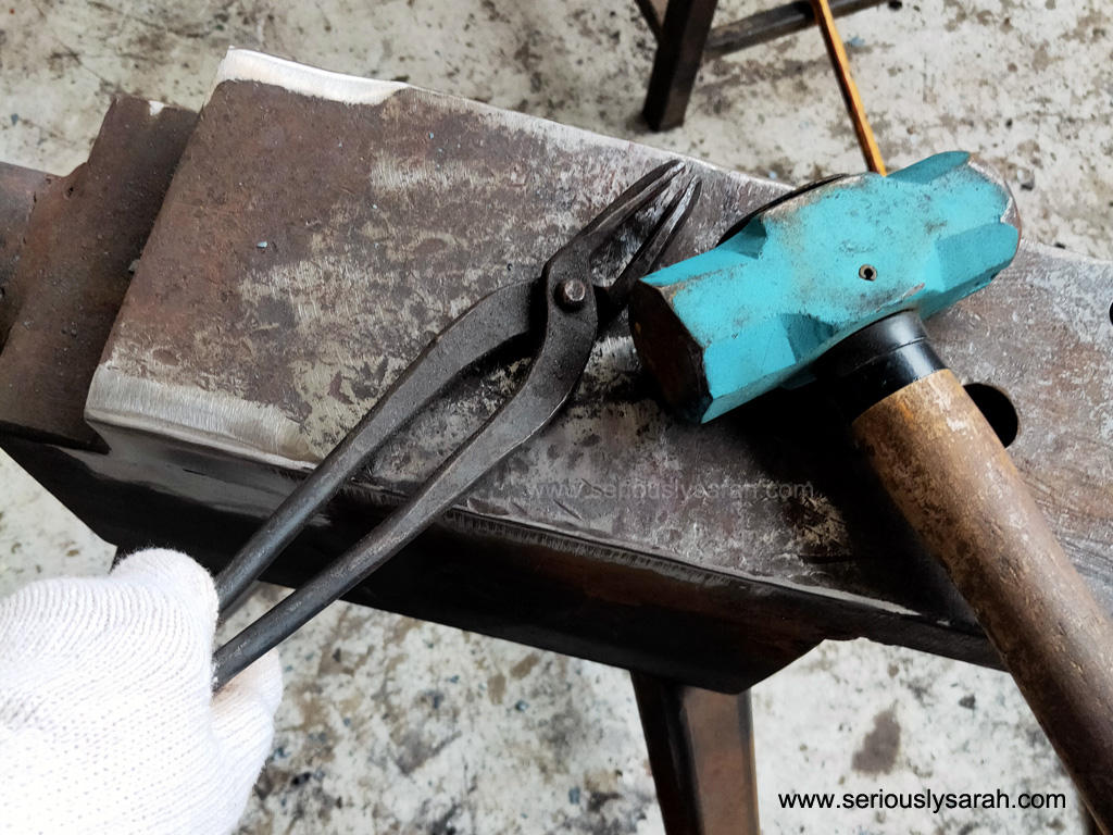 Hammer, anvil and tongs